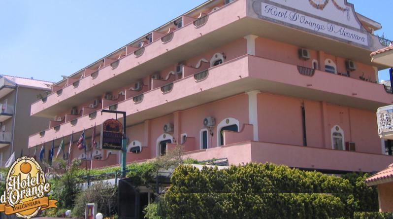 Orange hotel