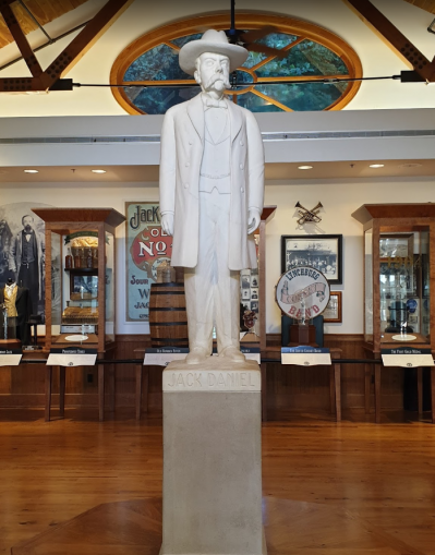 Statue jack